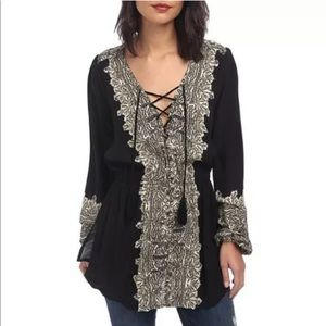 [Free People] Wildest Moments Lace Up Top E71